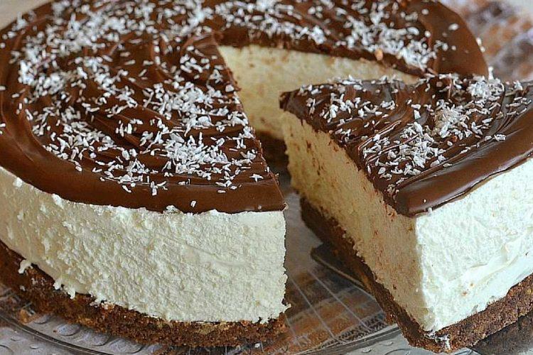 Nepečený kokosový cheesecake s jogurtem a domácí nutellou