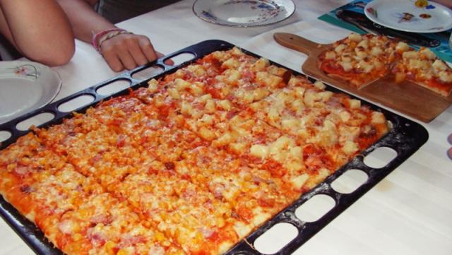 Rychlá lahodná pizza z toustového chleba! Hotová za pár minut!